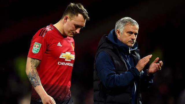 Disfatta Mourinho: il suo Manchester United eliminato dal Derby County di Lampard, il City passeggia