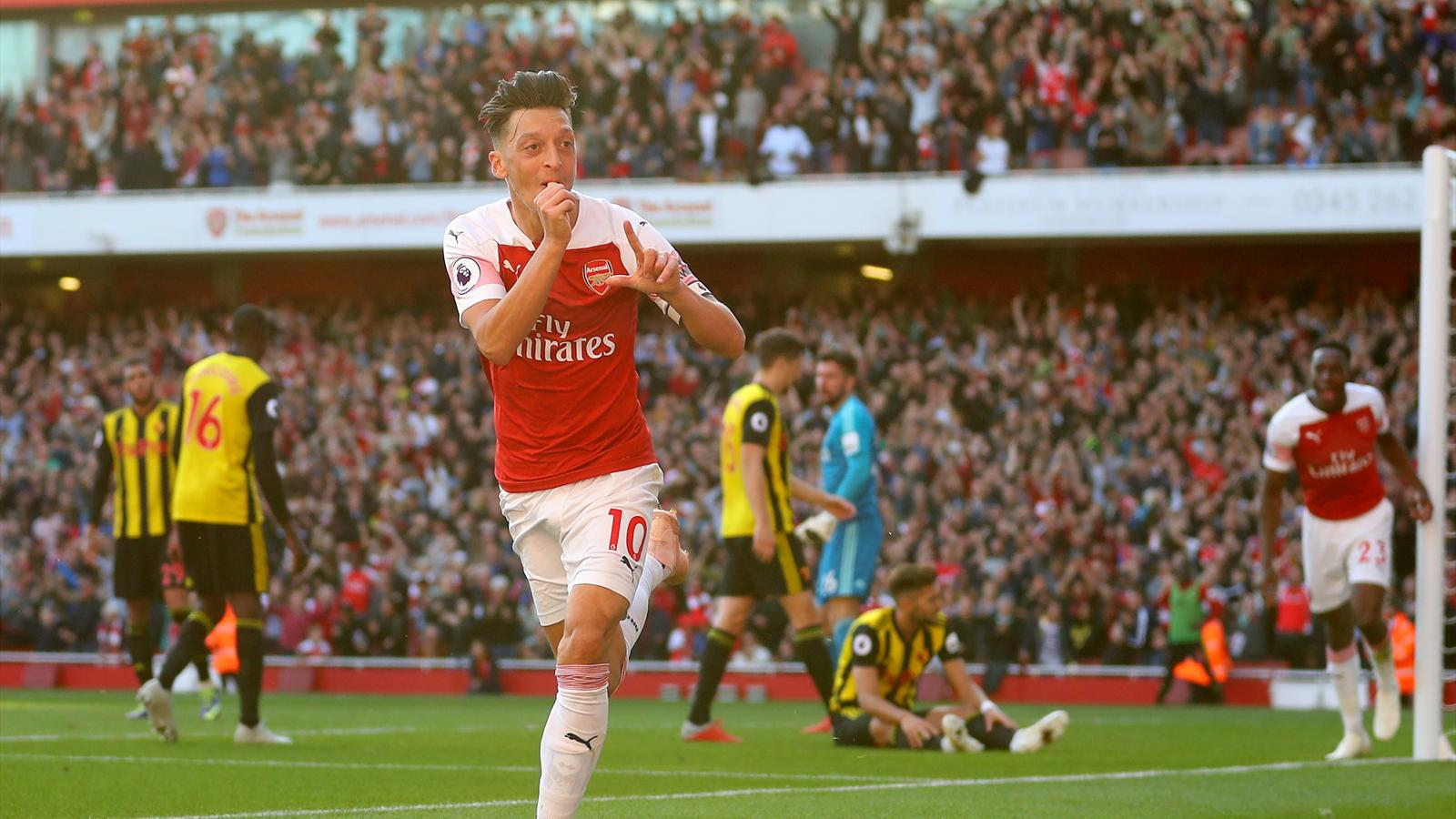 Mesut Ozil on target as Arsenal sneak past Watford - Premier League 2018-2019 - Football - Eurosport