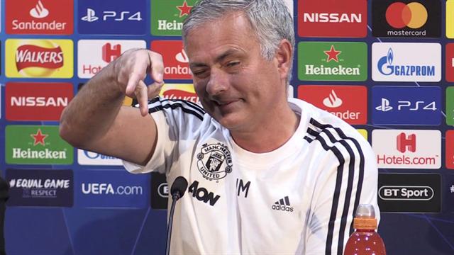 """Mourinho: """"Conversazioni con Zidane? Chiedilo a quello dietro di te, l'articolo l'ha scritto lui"""""""