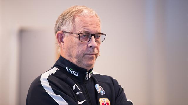 Derfor nekter Lagerbäck å gjøre om: – Vender alltid tilbake til to spisser