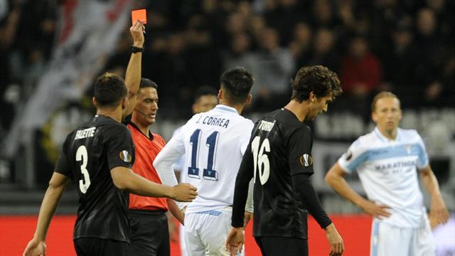 Crollo Lazio: in 9 a Francoforte cede 4-1 contro l'Eintracht