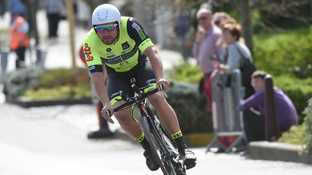 Jimmy Duquennoy morto d'infarto, il ciclista belga aveva 23 anni Video