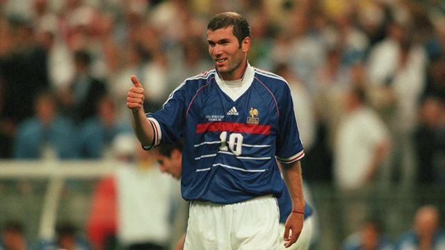 Le maillot de Zidane mis aux enchères retiré de la vente