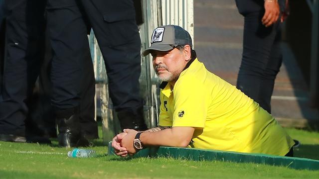 """Maradona """"Messi? Impossibile considerare leader uno che va in bagno 20 volte prima di una partita"""""""