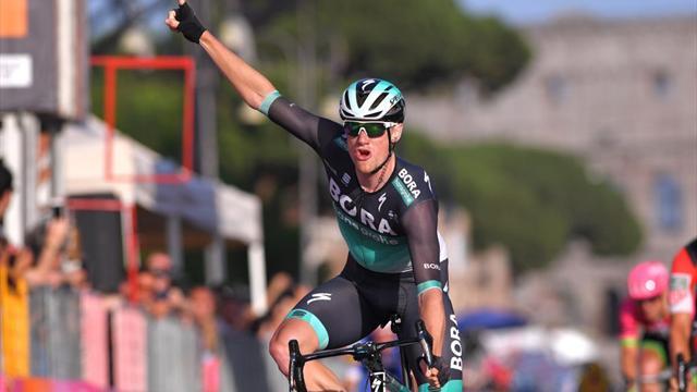 Ronde van Turkije: Sam Bennett wint ook 3e etappe en behoudt leiderstrui