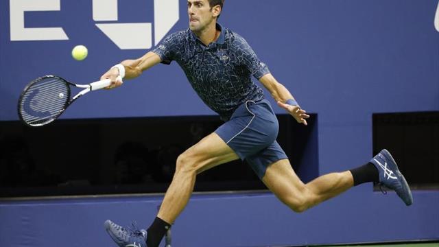 Djokovik pasa a cuartos, Federer elimina a Bautista y Del Potro se lesiona