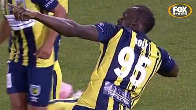 Болт забил дебютный гол в профессиональном футболе