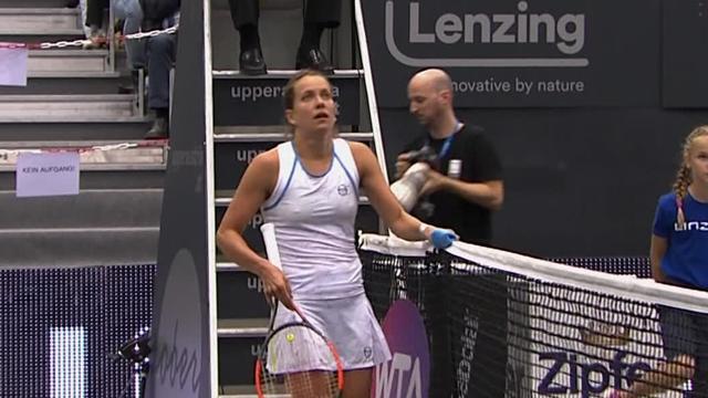 Van Uytvanck dumps out defending champion Strýcová