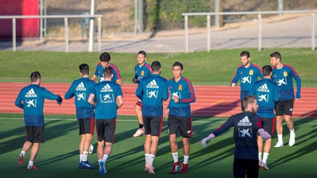 España regresa a los entrenamientos y pone su mente en Inglaterra