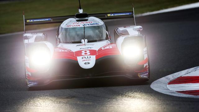 Alonso, primero exhibición en la pista y luego pole tras una nueva sanción al Toyota 7 en Fuji