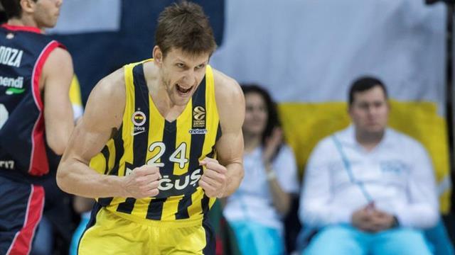 Jan Vesely (Fenerbahce), MVP de la primera jornada