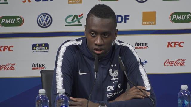 """Bleus - Matuidi : """"Il ne faut pas être trop dur avec Dembélé"""""""