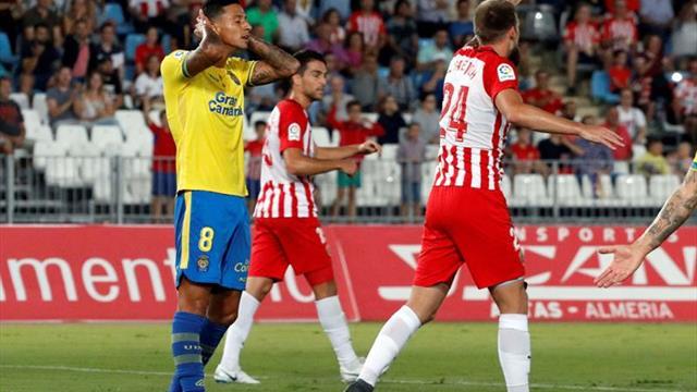 Las Palmas no puede seguir el ritmo del Málaga