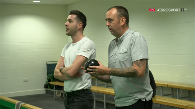 'This is one of the better leisure centres' - Williams and Selby play bowls