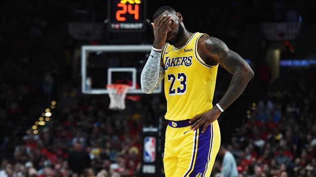 Première avec les Lakers, première défaite pour King James