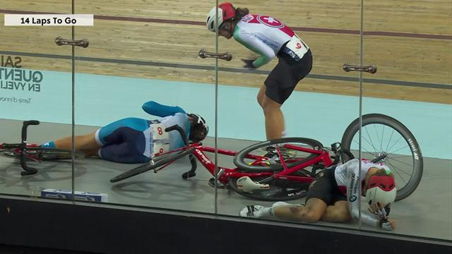 Big crash wipes out five riders in Women's Madison Final