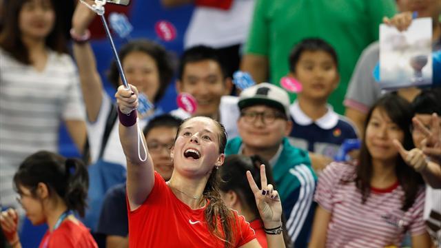 Kasatkina outlasts Wang in Zhuhai opener