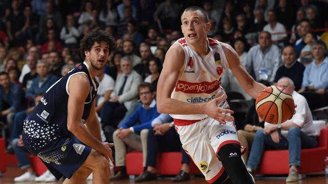 FIBA Europe Cup: vittorie per Sassari e Varese, staccato il pass per gli ottavi di finale