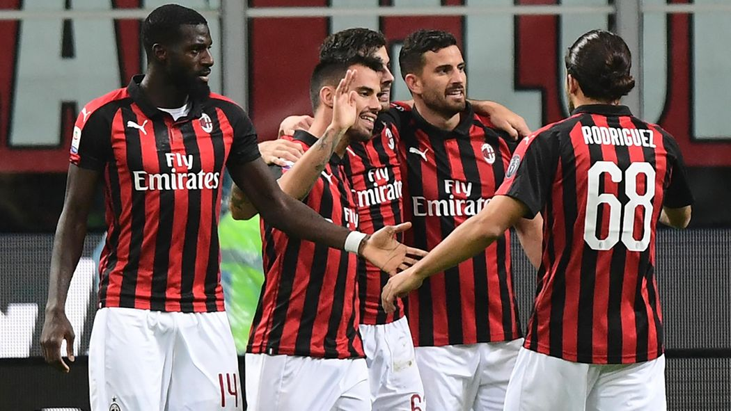 Milan Ac Calendrier.Serie A L Ac Milan Domine Le Genoa En Match En Retard 2 1