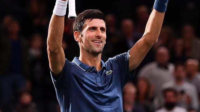 Djokovic marks return to world number one with win, Federer victory