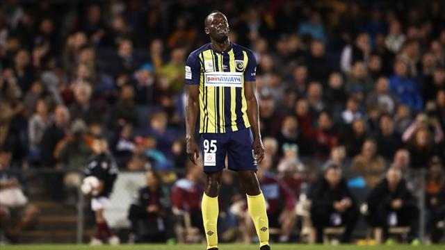 Bolt leaves Central Coast Mariners
