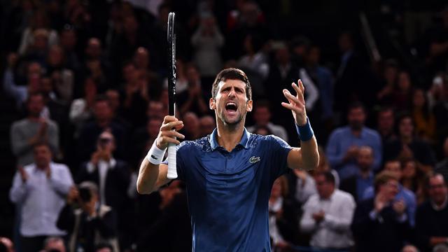 Djokovic beats Federer to reach Paris final, extends winning run to 22 matches