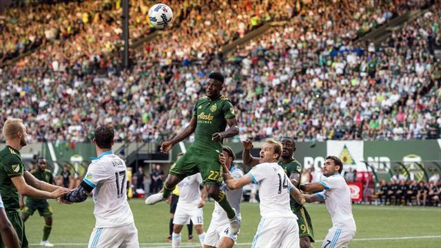Свирепо дерби на Каскадия в плейофите на MLS