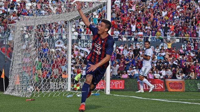 El golazo de un chaval de 14 año en el Barça-Madrid de la Liga paraguaya