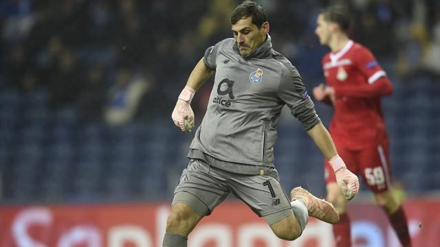 La indumentaria más extraña con la que Casillas pisó un terreno de juego