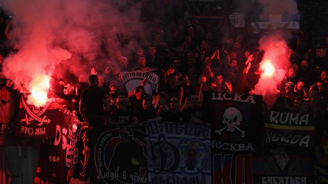 100 хулиганов ЦСКА и «Ромы» устроили побоище возле гостиницы «Агиос»