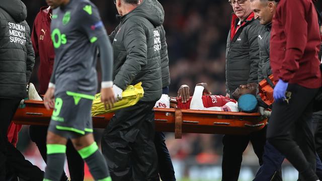 United trio send sympathy to injured Welbeck, striker remains in hospital