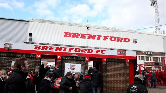 Brentford chief executive Mark Devlin to step down
