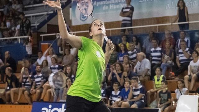 Carolina Marín semifinalista por la vía rápida