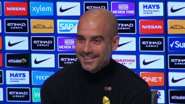"""Dani Alves: """"Essere allenati da Guardiola è meglio che fare sesso""""; Guardiola: """"Preferisco il sesso"""""""