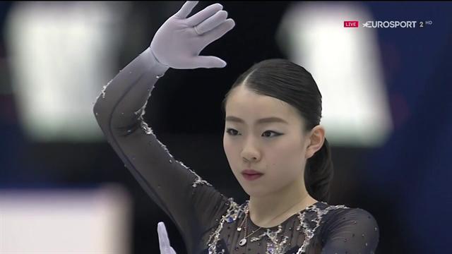 Rika Kihira vince il Trofeo NHK con due tripli axel