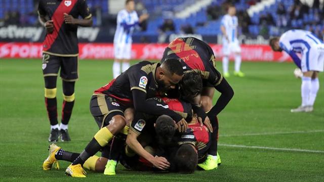 Rayo y Villarreal se miden en una auténtica final para Míchel y Calleja