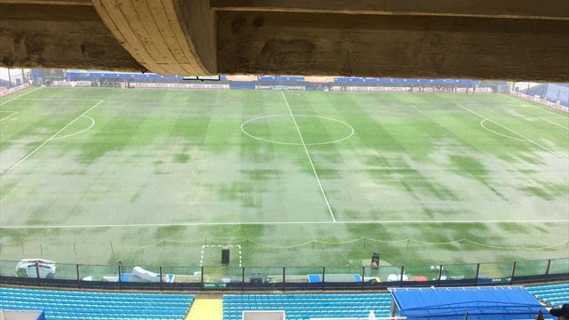 Первый матч финала Кубка Либертадорес перенесен на сутки из-за ушедшего под воду газона