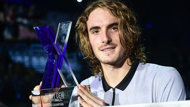 Циципас выиграл молодежный Итоговый турнир ATP