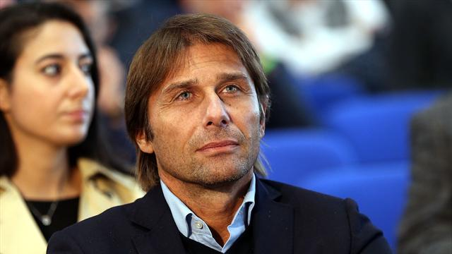 """Clamoroso, Conte avvistato sotto la sede dell'Inter: """"Contatti con i nerazzurri? No comment"""""""