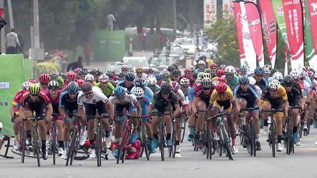 Tour of Fuzhou: Leon Rohde claims Stage 2 after huge pile up