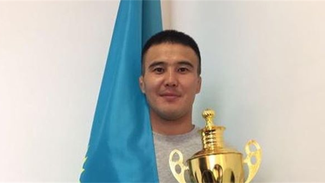 Чемпиона Казахстана по дзюдо убили в очереди за углем