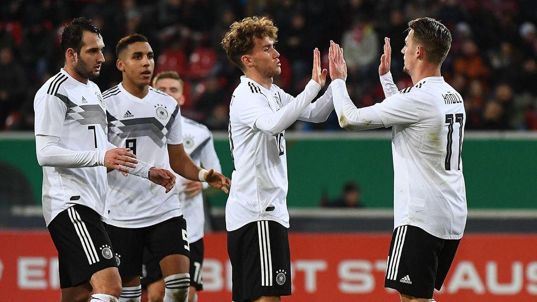 U21 Vor Schwerstem Spiel Des Jahres Live Im Tv Und Im