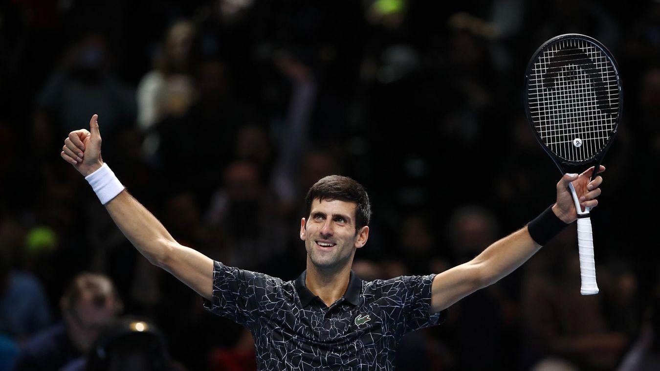 Novak Djokovic domine Marin Cilic et boucle la phase de poules invaincu