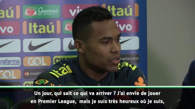 """Alex Sandro : """"J'ai envie de jouer en Premier League"""""""