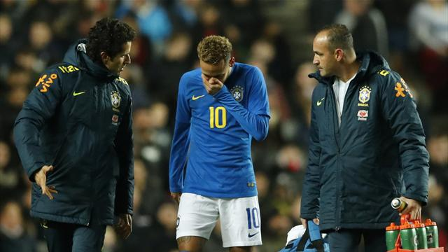'He can't do it on a cold night in Milton Keynes': Fans react to Neymar injury