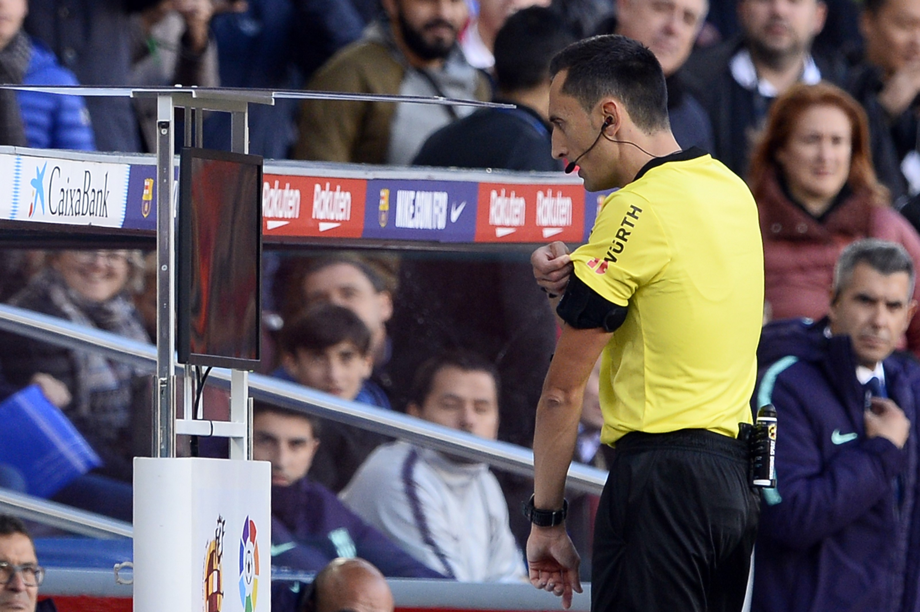 Referee Jose Maria Sanchez Martinez using VAR