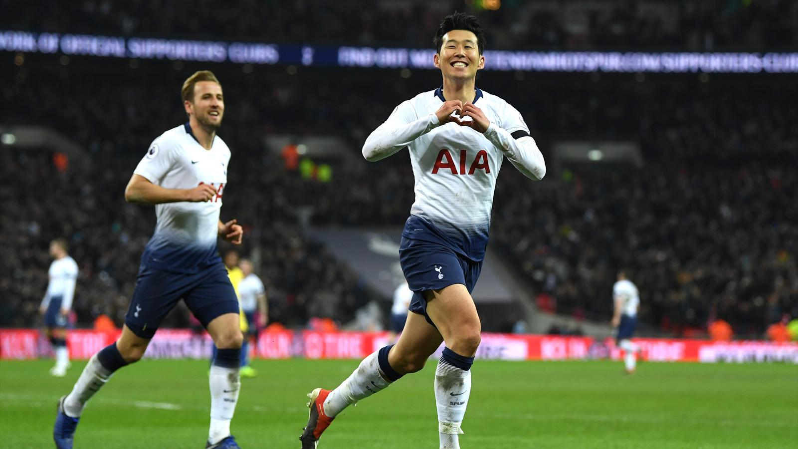 tottenham smash chelsea in maurizio sarri u2019s first league