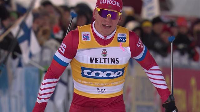 Уверенный финиш Большунова, который выиграл еще и индивидуальную гонку