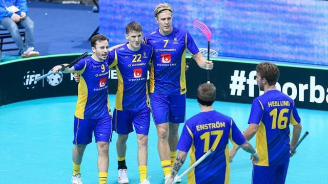 Sverige vände i tredje perioden - slog Finland i VM-premiären