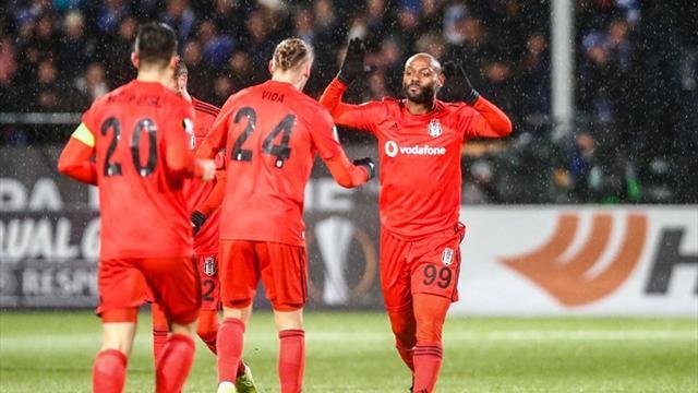 Beşiktaş, gruptan çıkma iddiasını sürdürdü